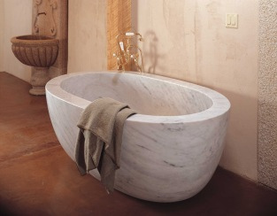 C40 CA Oval Bathtub