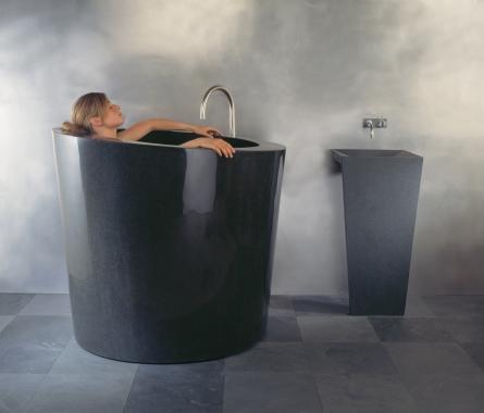 C44 BL Oval Soaking Tub with Zero ped