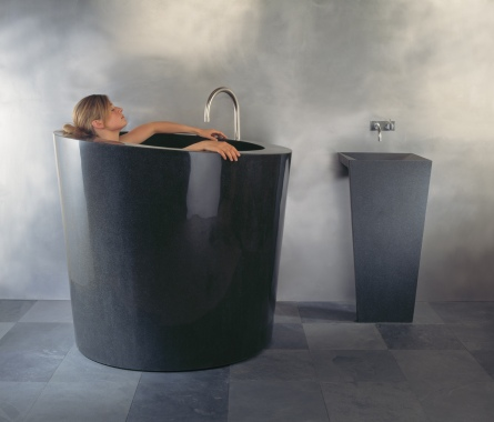 C44 BL Oval Soaking Tub with Zero ped